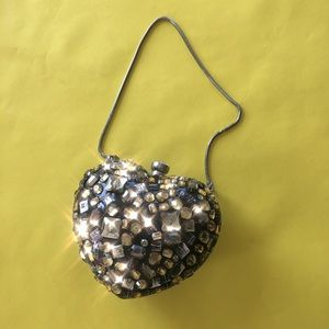 Vintage heart clutch